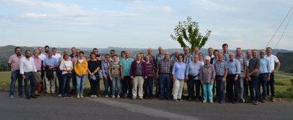 Un total de 36 agricultores alemanes conocen el funcionamiento del sector primario en Galicia
