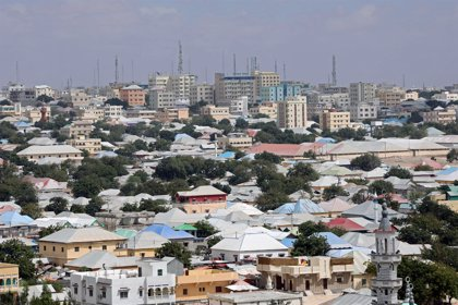 Al menos seis muertos en un atentado de Al Shabaab en Mogadiscio