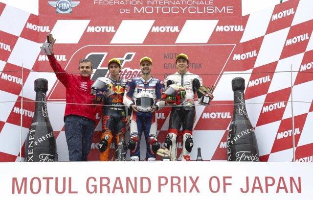 Romano Fenati podio Japón