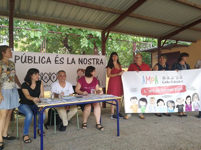 El presidente de Fampa-València en el CEIP Carles Salvador