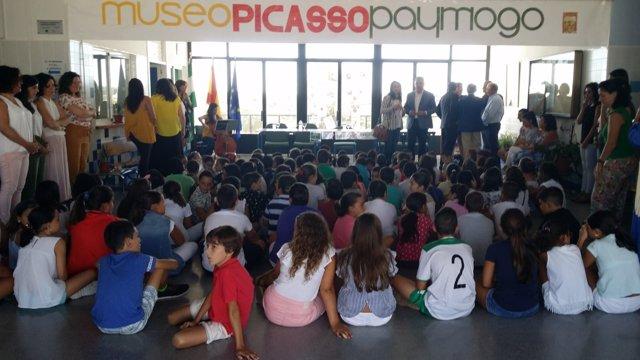 Inicio del curso escolar en Paymogo (Huelva).