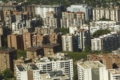 Azora, CBRE y Madison se alían para hacerse con 10.000 viviendas en alquiler en España