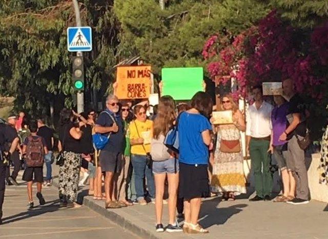 Protesta padres CEIP La Canyada