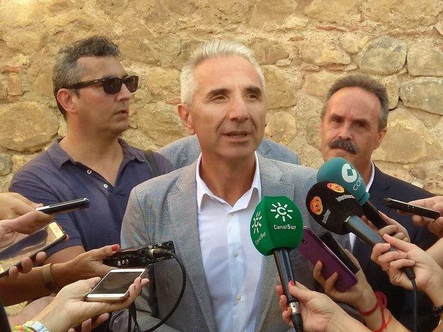 El consejero de Cultura de la Junta, Miguel Ángel Vázquez