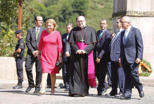 La Familia Real asiste al acto por el XIII centenario del Reino de Asturias