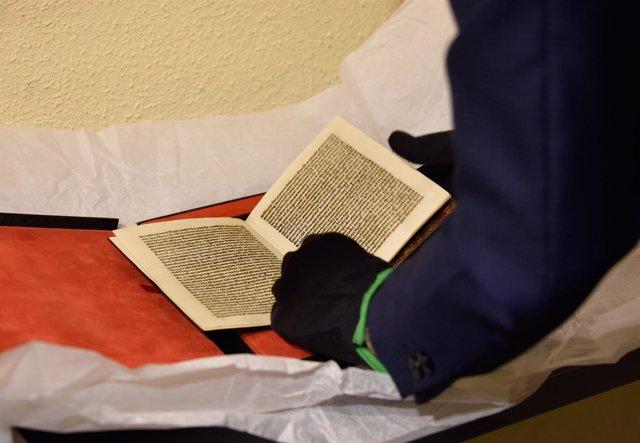 Imagen de la carta incunable escrita por Cristóbal Colón