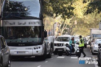 Un total de 300 agentes de la Policía Local de Palma vigilarán el tráfico durante el curso escolar