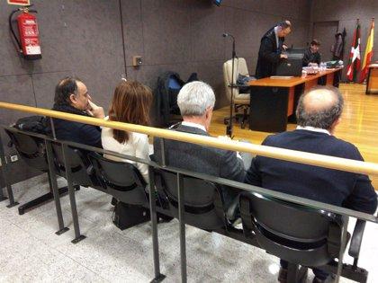 Condenan a nueve años de inhabilitación a Margüello y Elorriaga y a siete años a Fernández por prevaricación