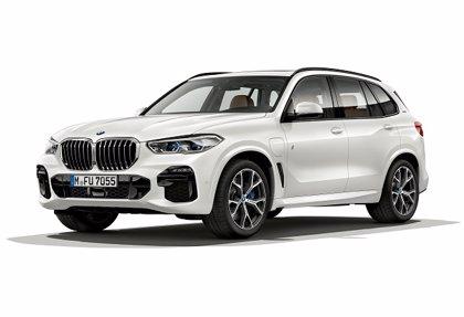 """BMW lanzará la versión híbrida echufable del X5 """"en el transcurso"""" de 2019"""