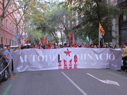 """La izquierda independentista pide una """"ofensiva para recuperar derechos"""" sin el Parlament"""