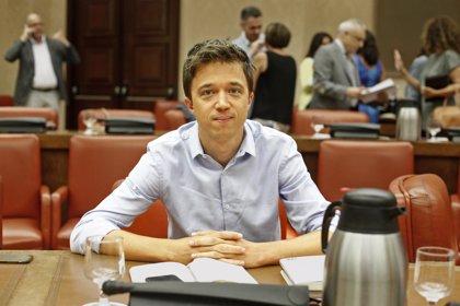 """Errejón espera que Montón dé explicaciones """"suficientes"""" sobre su máster pero cree que """"algo pasa"""" con la URJC"""