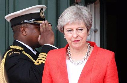 """May subraya el compromiso británico con Gibraltar: """"Entramos en la UE juntos y vamos a irnos juntos"""""""