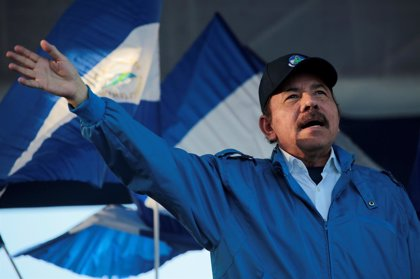 """Ortega se ofrece a reunirse con Trump aunque teme una """"intervención militar"""" en Nicaragua"""