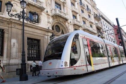 IU reclama a Espadas que reúna a la Mesa de la Movilidad para abordar la ampliación del tranvía