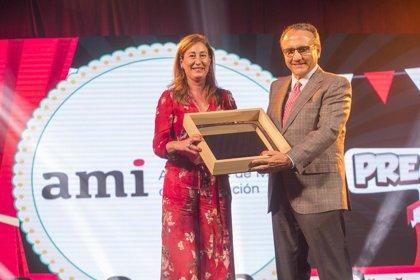 El presidente de la AMI recoge el premio a la Información que concede el FesTVal