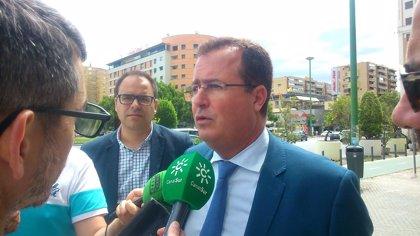 Cabrera confirma que cinco de los policías locales acusados por las oposiciones están admitidos para ascender