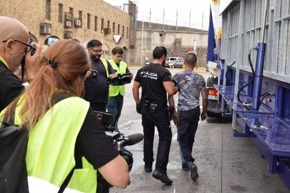 Descubiertas en Melilla 24 personas escondidas en atracciones feriales que querían viajar de polizones