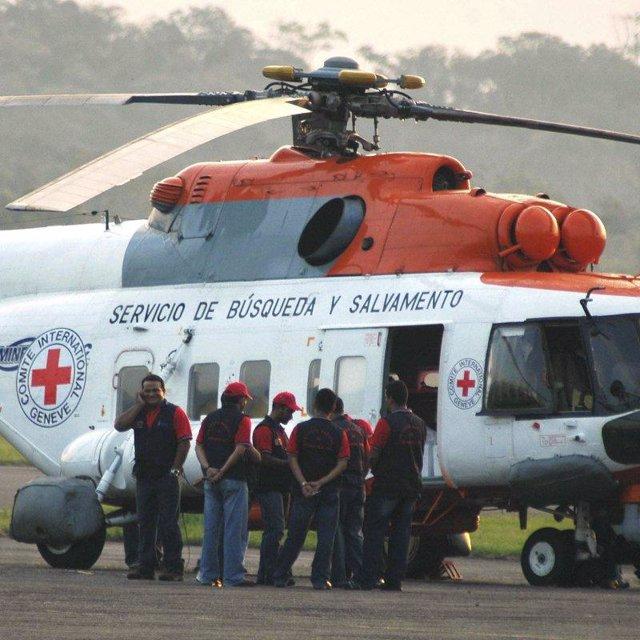 Helicóptero Cruz Roja Venezuela despega a Colombia para rescatar rehenes FARC