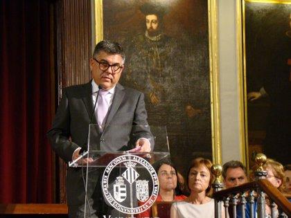 """El delegado del Gobierno en la Comunidad Valenciana expresa su """"cariño"""" a Montón pero dice no seguir el caso"""