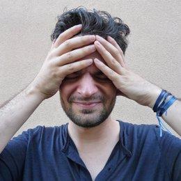 Dolor de cabeza, migraña, cefalea, migraña crónica