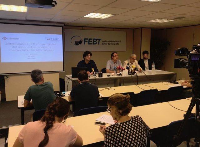Investigadores de la UIB presentan un estudio sobre transporte de mercancías