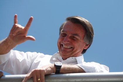 Jair Bolsonaro mejora y comienza a ingerir alimentos