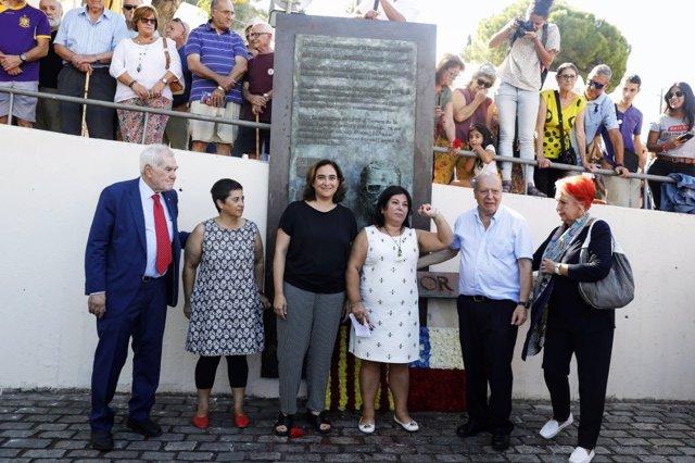 Conseller E. Maragall, alcaldessa Ada Colau, homenatge a Salvador Allende