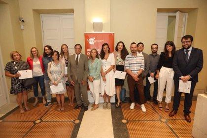 Un total de 55 profesionales de toda España reciben becas para realizar el Máster en Oncología Molecular del CEB