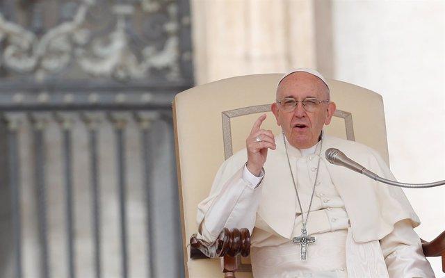 El Papa Francisco durante la audiencia general del miércoles en el Vaticano