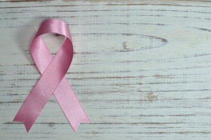 Analizan miles de variantes genéticas del cáncer de mama