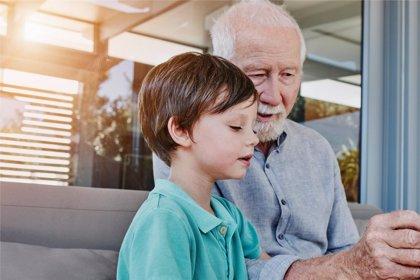 Los abuelos, una figura clave para que toda la familia tenga una 'vuelta al cole' saludable