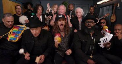 VÍDEO: Aerosmith tocan Walk this Way con instrumentos de juguete en el programa de Jimmy Fallon