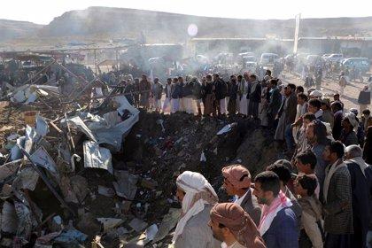 """EEUU dice que la coalición que lidera Arabia Saudí """"está dando pasos"""" para reducir las víctimas civiles en Yemen"""