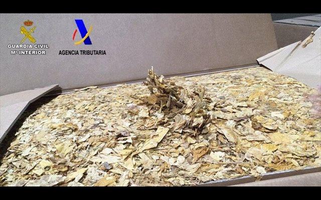 Diez detenidos y aprehendidas 39 toneladas de tabaco picado en Andalucía y Barcelona