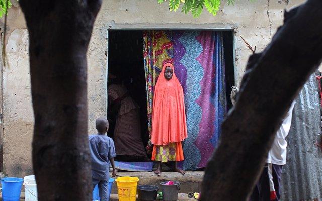 Sexo de supervivencia y violencia por doquier, la realidad de las adolescentes en el lago Chad