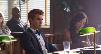 Foto: Riverdale: Nuevas imágenes del juicio por asesinato a Archie en la 3ª temporada