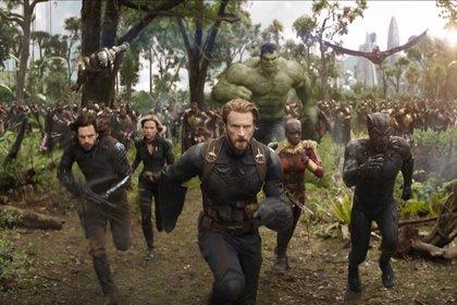 Filtradas imágenes en HD de Vengadores 4 con los nuevos trajes de Hulk, Capitana Marvel, Thor,Iron Man y Capitán América