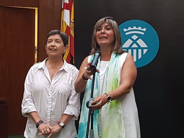 La delegada del Gov.A Catalunya, Teresa Cunillera, i l'alcaldessa Núria Marín