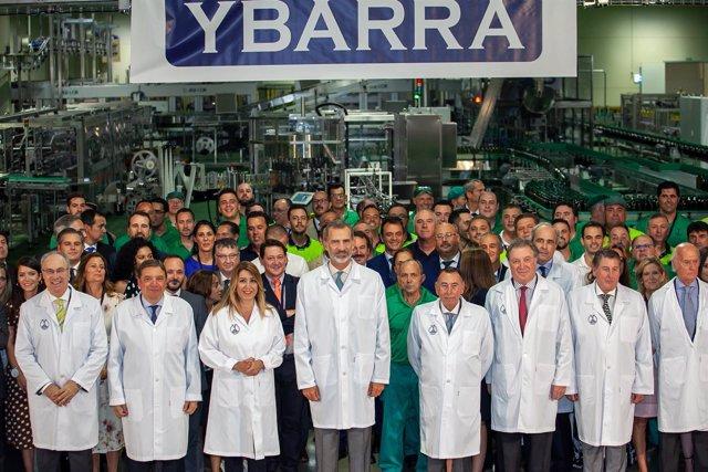 El Rey inaugura la nueva fábrica del grupo Ybarra en Dos Hermanas