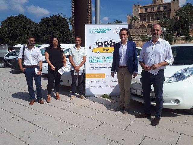 Arranca la Semana Europea de la Movilidad con la exposición de vehículos eléctricos del Parc de la Mar