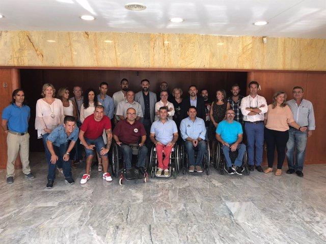 Reunión con clubes y federaciones para poyar el deporte para discapacitados.