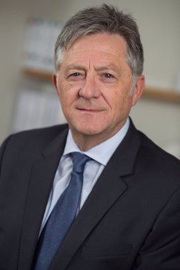 Avelino Castro, nuevo presidente de Correos Express