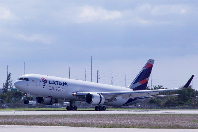 Avión de carga de Latam