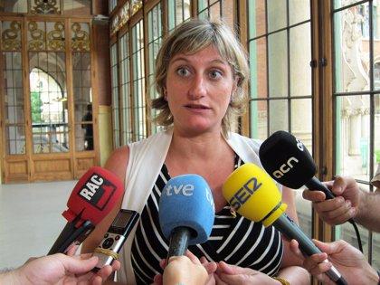 La consejera de Salud de la Generalitat aplaude la retirada del recurso contra la ley catalana universal de salud