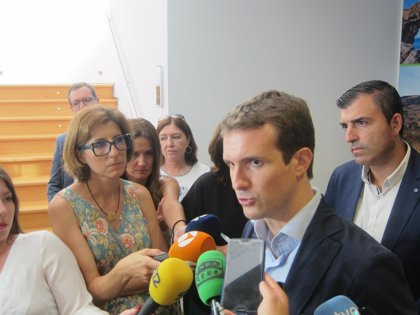 """Casado exige a Sánchez que """"haga algo"""" para acabar con la """"tiranía"""" de Maduro en Venezuela"""
