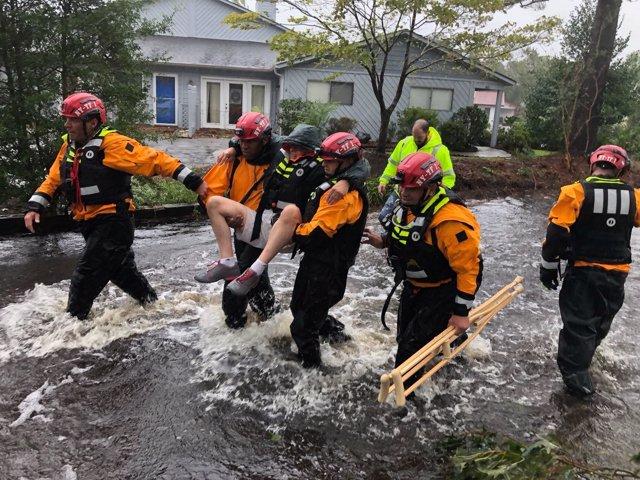 Trabajos de rescate por el paso del huracán 'Florence' por EEUU