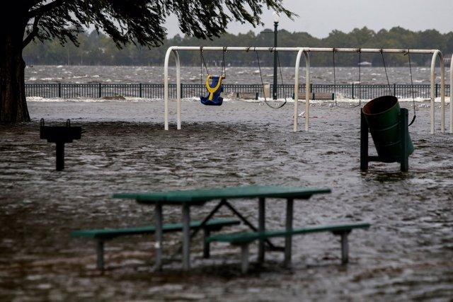Estragos causados por 'Florence' en New Bern, Carolina del Norte