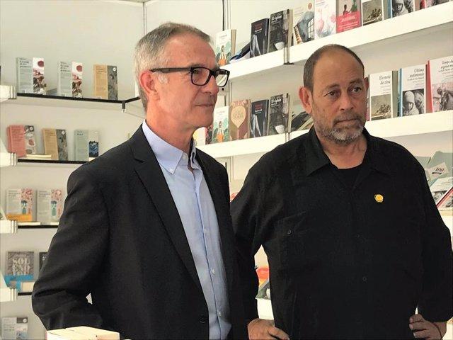 El ministro José Guirao y Joan Sala ('La Setmana del Llibre en Català')