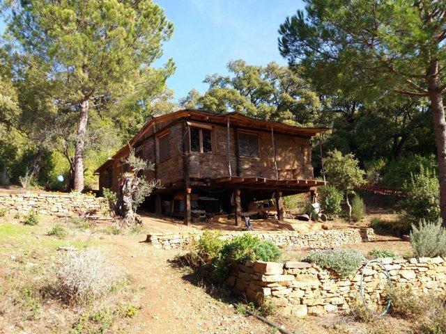 Vivienda en la aldea El Calabacino, en Alájar (Huelva).