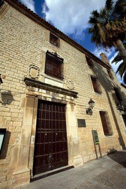 Fachada del Palacio de Villardompardo, en Jaén.
